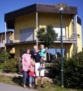 Photo: © Passive House Institute (Germany) The Muhmann family won a short stay in a Passive House in Großschönau (Austria).